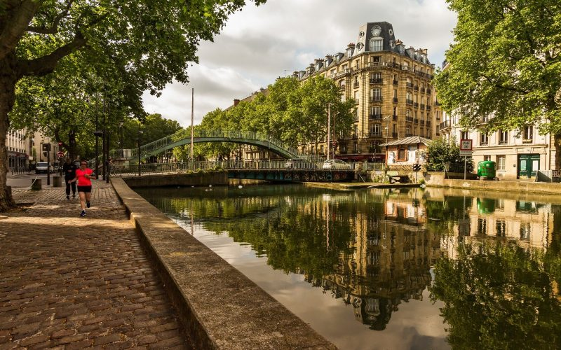 a morning run in Paris