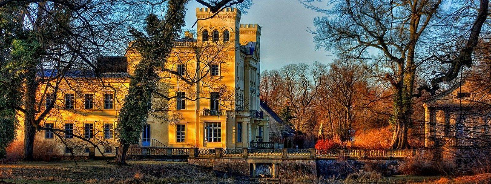 german castle steinhöfel in brandenburg